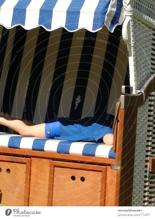man, bin ich müde Kind weiß blau Holz schlafen Freizeit & Hobby Strandkorb Bast