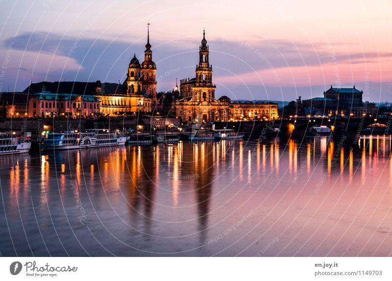 Elbflorenz Ferien & Urlaub & Reisen Tourismus Ausflug Sightseeing Städtereise Nachtleben Himmel Nachthimmel Dresden Sachsen Deutschland Stadt Altstadt Skyline