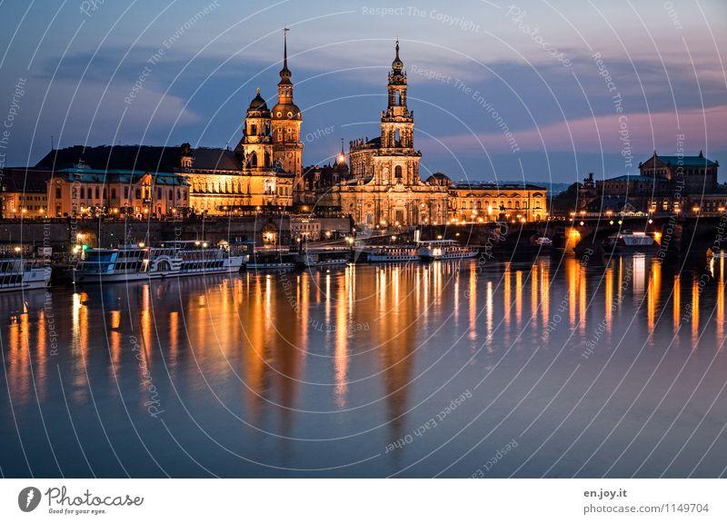 täuschende Ruhe Ferien & Urlaub & Reisen Tourismus Ausflug Sightseeing Städtereise Nachtleben Nachthimmel Fluss Elbe Dresden Sachsen Deutschland Stadt Altstadt