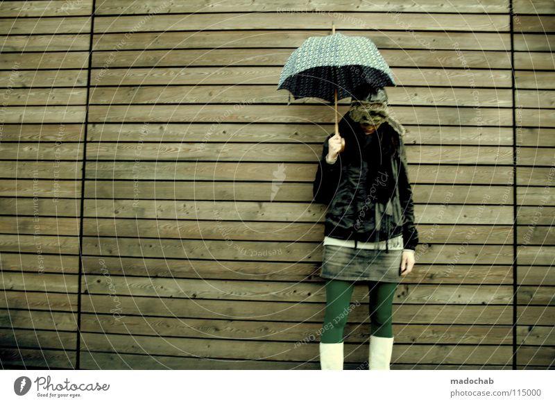 FASHION VICTIM Lifestyle Frau Regenschirm feminin Mütze Gürtel Bekleidung Körperhaltung Wand stehen Stiefel Minirock Neonlicht Mensch Leder Holz Hintergrundbild