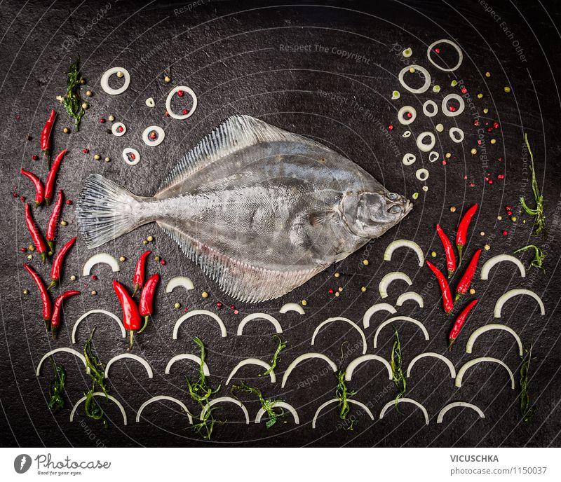 Rohe Scholle Fisch, Composing auf schwarzem Hintergrund Gesunde Ernährung Leben Stil Hintergrundbild Foodfotografie Lebensmittel Design Wellen Tisch