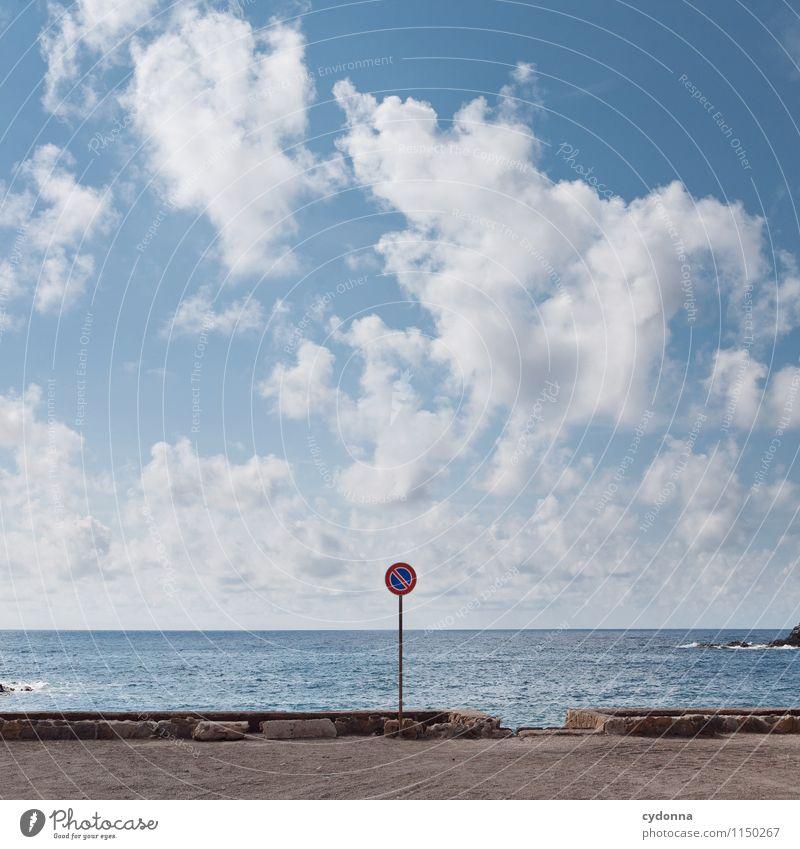 Nur ganz kurz? Himmel Natur Ferien & Urlaub & Reisen Sommer Erholung Meer Einsamkeit Landschaft ruhig Ferne Küste Freiheit Ordnung Tourismus Idylle Schilder & Markierungen