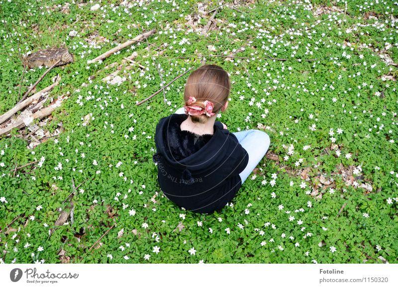Pause Mensch feminin Mädchen Junge Frau Jugendliche Kindheit Körper Kopf Haare & Frisuren Umwelt Natur Landschaft Pflanze Frühling Schönes Wetter Blume Blüte
