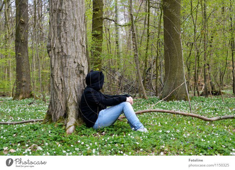 Lieblingsort! Mensch Natur Jugendliche Pflanze grün weiß Junge Frau Baum Erholung Blume Landschaft ruhig Mädchen Wald schwarz Umwelt