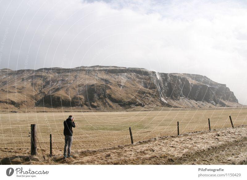 verblasener wasserfall Mensch Himmel Natur Ferien & Urlaub & Reisen Jugendliche Mann Wasser Einsamkeit Landschaft 18-30 Jahre Ferne Umwelt Erwachsene Berge u. Gebirge Wiese Gras