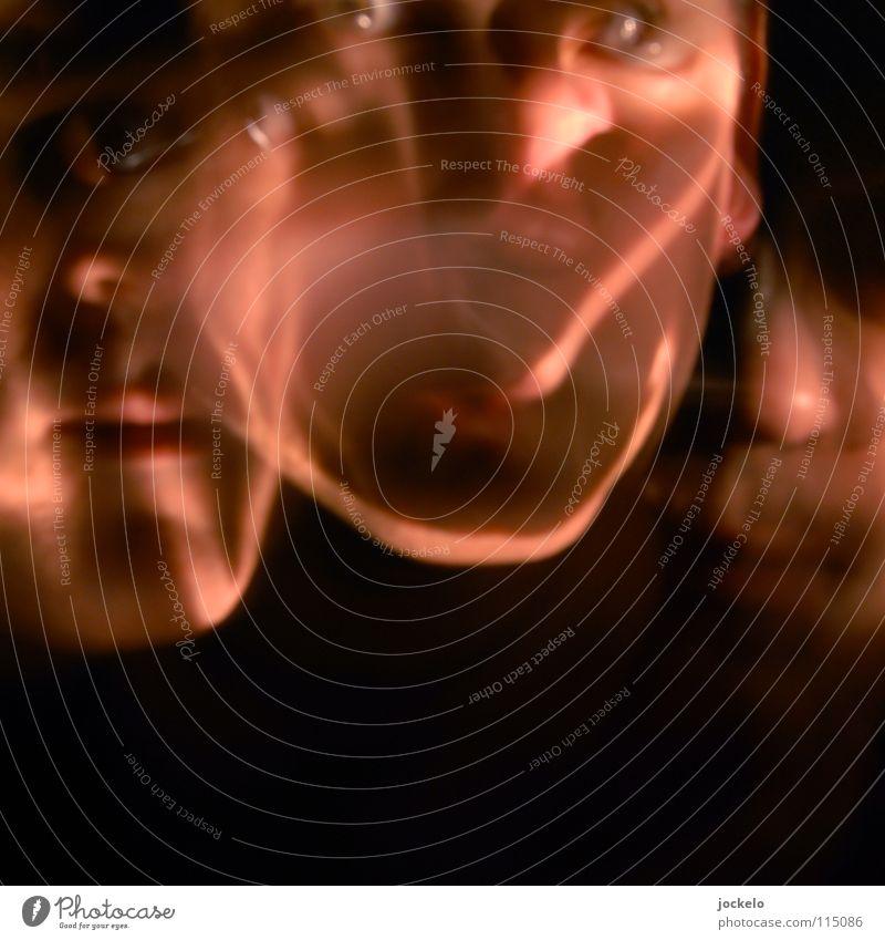 WISCHundWEG Langzeitbelichtung Taschenlampe dunkel Porträt Nacht Unschärfe Panne Müll Hand Quark Rotwein Angst Panik gefährlich PENG Style?=Style! Darkness