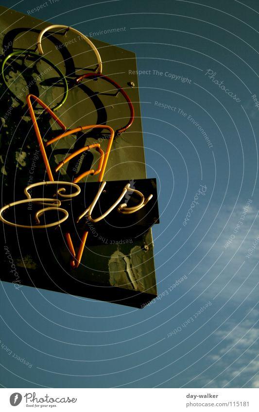 Wintertime Himmel blau Wolken Ernährung Farbe kalt Eis Schilder & Markierungen Schriftzeichen lecker Hinweisschild Symbole & Metaphern Gedanke Neonlicht