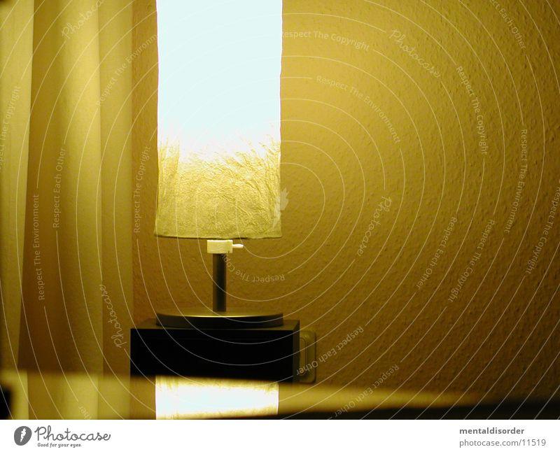 Licht Lampe gelb Papier Wand gemütlich Häusliches Leben