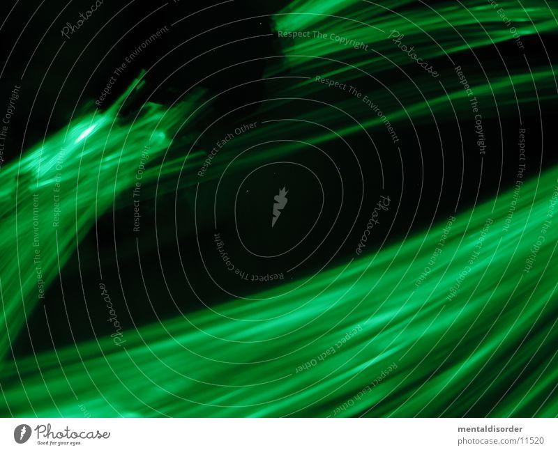 finde das Crumplermännchen... grün schwarz Geschwindigkeit drehen Streifen Licht Langzeitbelichtung Statue Bewegung Lampe Kreis fast light