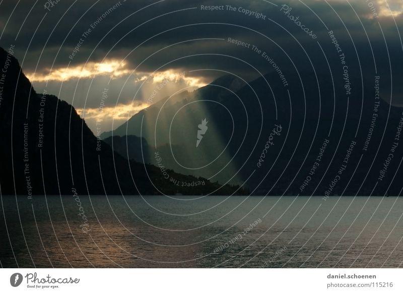 schlechtes Wetter im Anmarsch 2 Wasser Himmel Sonne Wolken dunkel Berge u. Gebirge See Regen Hintergrundbild gefährlich bedrohlich Schweiz Alpen Sturm Hügel