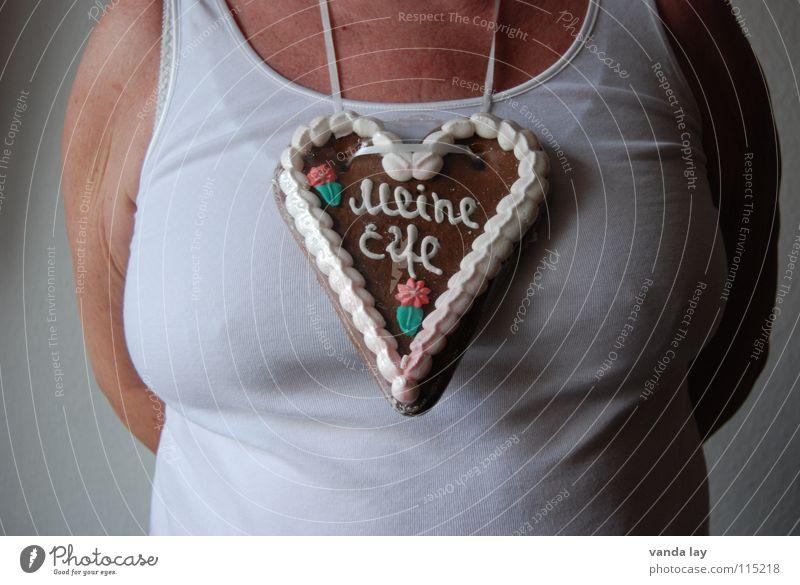 Meine Elfe Frau alt weiß Stuttgart Wiese Herz Ernährung Geschenk rund Frauenbrust Baden-Württemberg Unterwäsche Übergewicht Appetit & Hunger Hemd Brust