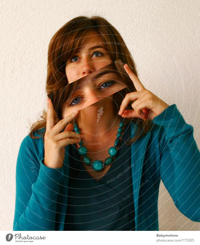 Augenblick Frau türkis 2 Mensch Gesicht blau Blick Kärtchen Postkarte Kette Doppelbelichtung Momentaufnahme
