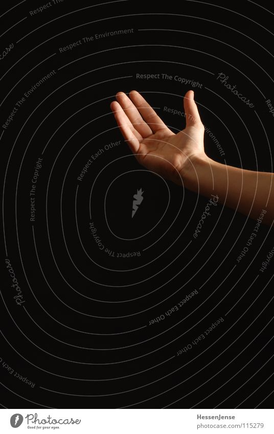 Hand 1 Finger fordern Insolvenz Dienstleistungsgewerbe Sozialer Dienst Vertrauen Arme Religion & Glaube beihilfe Erhalt Abzocke Missbauch Deutschland
