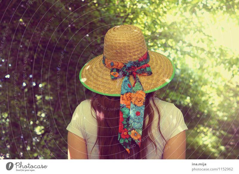 Sommerfeeling Wohlgefühl Zufriedenheit Erholung ruhig Meditation Sommerurlaub wandern Mensch feminin Junge Frau Jugendliche Erwachsene Leben 13-18 Jahre Kind