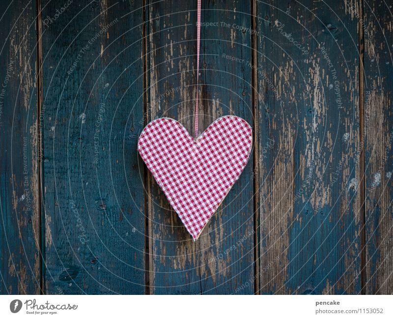 nur die liebe nicht Frühling Hütte Fassade Holz Zeichen alt authentisch einfach Kitsch nerdig retro rot türkis weiß Design Liebe Verfall Vergänglichkeit