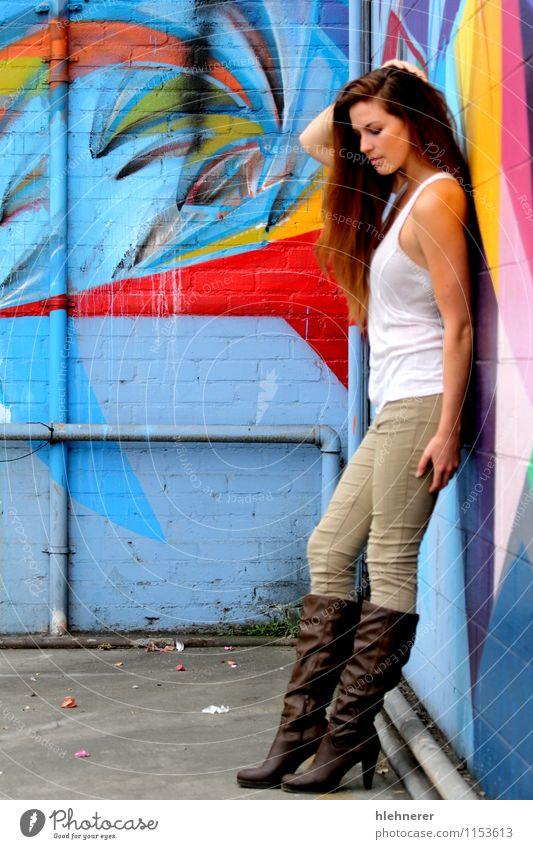 Junge Frau Mensch blau schön rot Erotik Mädchen Erwachsene gelb Gesicht Glück Denken Behaarung frisch stehen Haut