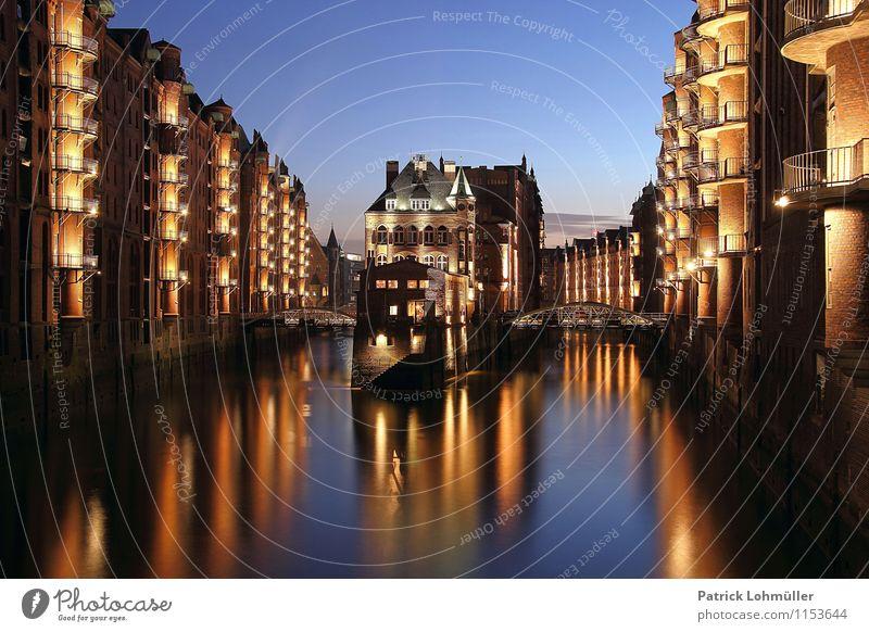 Speicherstadt Hamburg Ferien & Urlaub & Reisen Stadt schön Wasser Umwelt Architektur außergewöhnlich Stein Deutschland Fassade leuchten Tourismus Europa Brücke