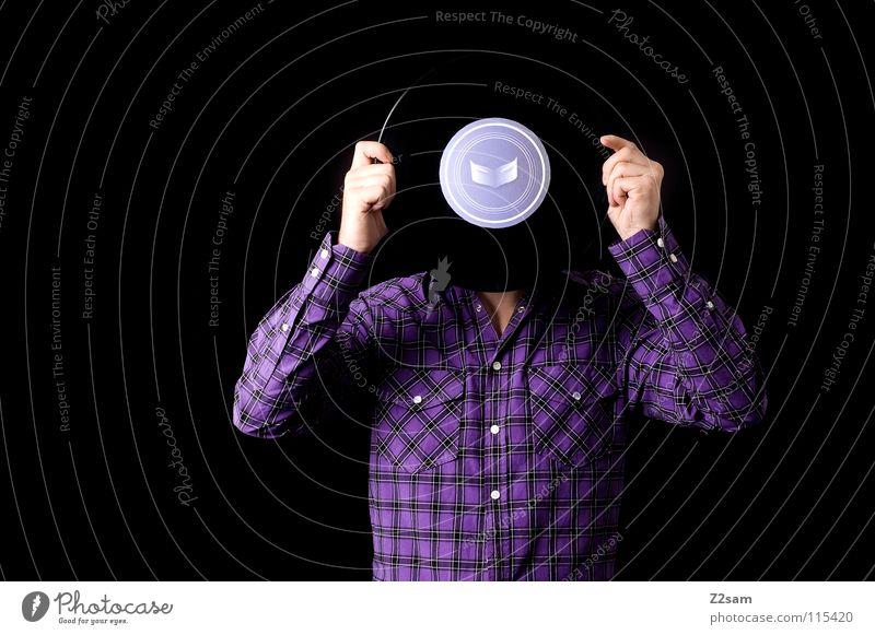 plattenkopf Schallplatte Musik Tonträger alt Porträt Mann Mensch Hemd Muster violett Hand stehen böse Studioaufnahme hören Stil Freak verrückt frontal Konzert