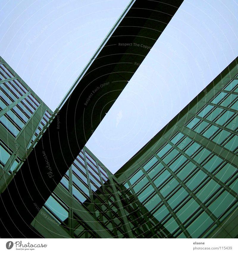 ::QUER:: Himmel Haus Stein Arbeit & Erwerbstätigkeit Glas modern neu Schönes Wetter Glätte Oberfläche Stuttgart Balken Öffentlicher Dienst
