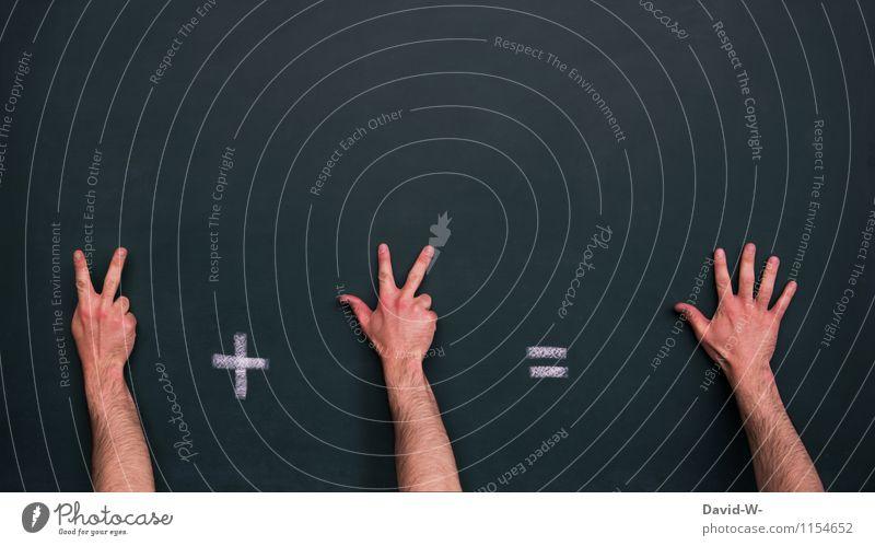 2 + 3 = 5 Kindererziehung Bildung Kindergarten Schule lernen Klassenraum Tafel Schulkind Schüler Lehrer Mensch Kindheit Jugendliche Leben Hand Finger rechnen