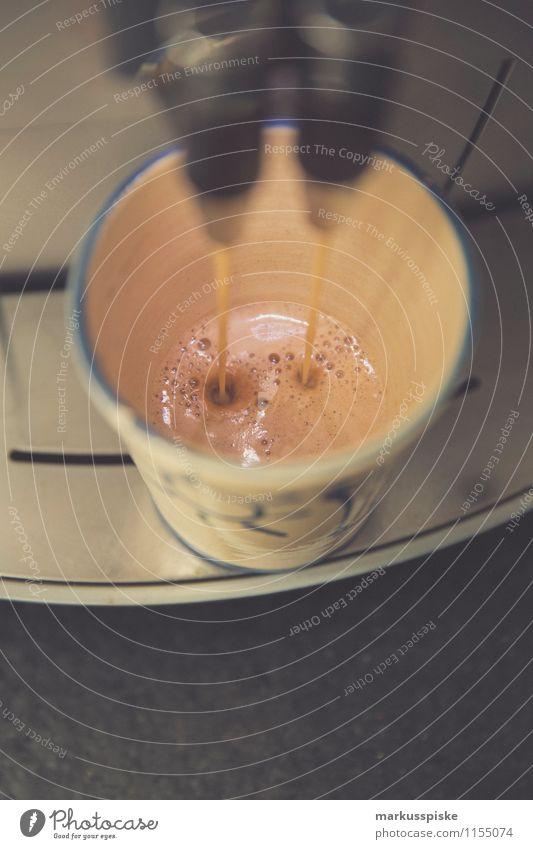 kaffee go Lebensmittel Getränk Heißgetränk Kaffee Latte Macchiato Espresso Schaum barista Kaffeemaschine Tasse Lifestyle Reichtum Stil Design Gesundheit