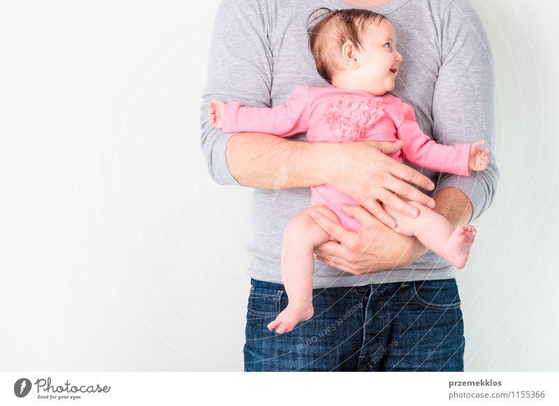 Baby an Bord Mensch Kind Mann schön Mädchen Erwachsene Leben klein Lifestyle Kindheit Lächeln niedlich Vater 0-12 Monate Kindererziehung