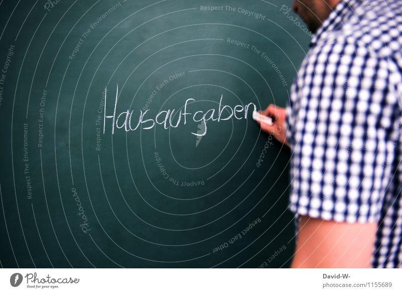 Hausaufgaben Kindererziehung Bildung Schule lernen Klassenraum Tafel Schulkind Schüler Lehrer Mensch maskulin Mädchen Junge Kindheit Hand zeichnen schreiben