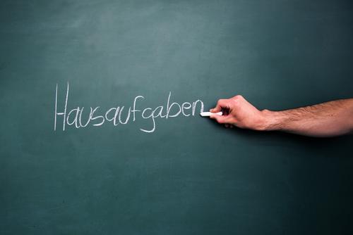 Hausaufgaben Freizeit & Hobby Kindererziehung Bildung Erwachsenenbildung Schule lernen Klassenraum Tafel Schulkind Schüler Lehrer Studium Arbeitsplatz Erfolg
