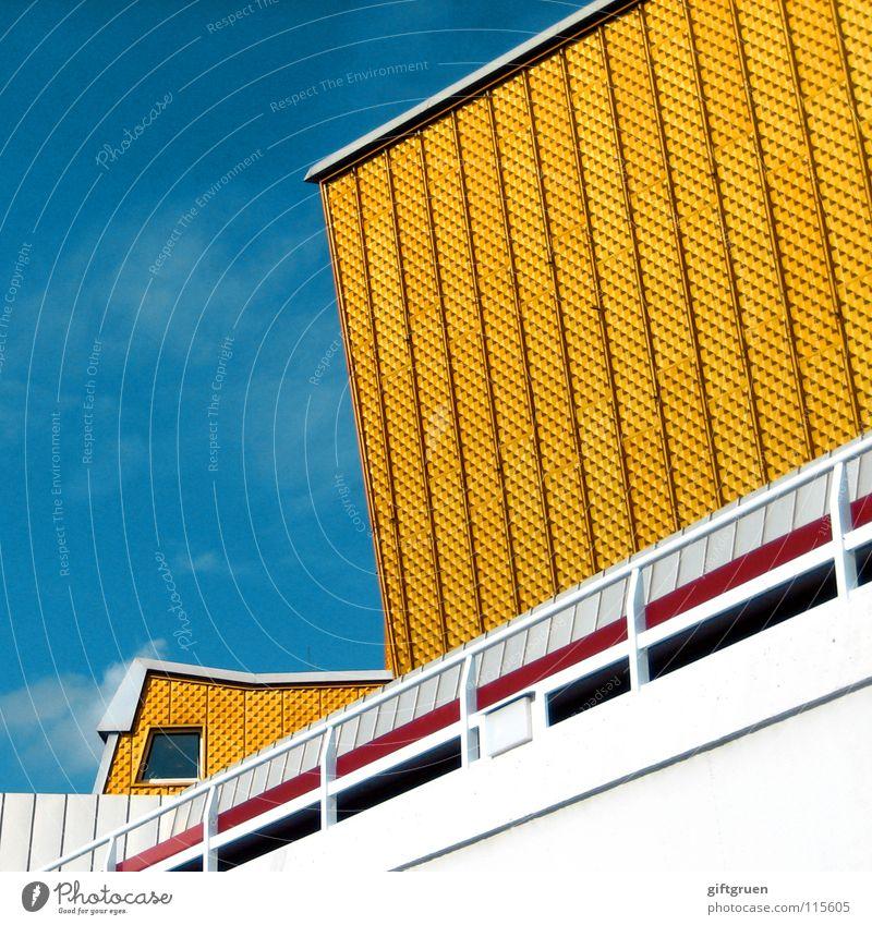 philharmonie IV Himmel weiß blau gelb Berlin Gebäude gold Fassade modern Kultur Konzert Veranstaltung Geländer Berliner Philharmonie
