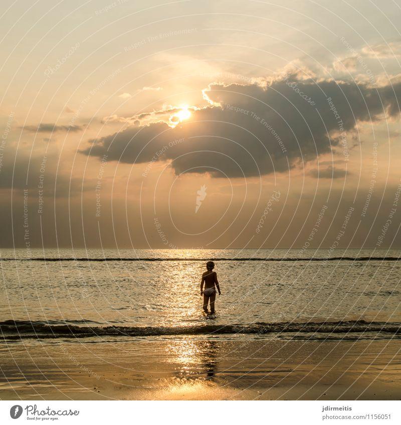 Sunset Ferien & Urlaub & Reisen Tourismus Ausflug Ferne Freiheit Sommer Sommerurlaub Sonne Sonnenbad Strand Meer Mensch feminin Kind Mädchen 1 3-8 Jahre