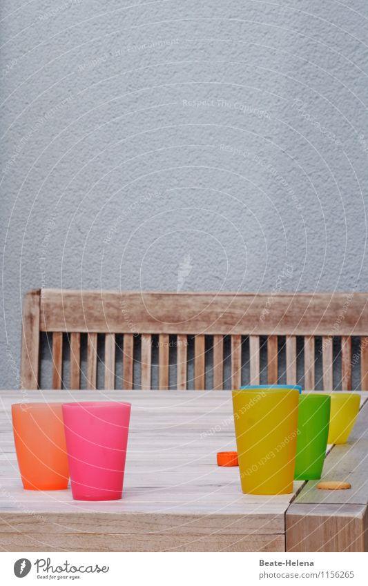 Sommer vorm Balkon blau grün Erholung rot ruhig gelb Gesundheit grau Garten Feste & Feiern Lebensmittel Zusammensein Design Wohnung orange Tisch
