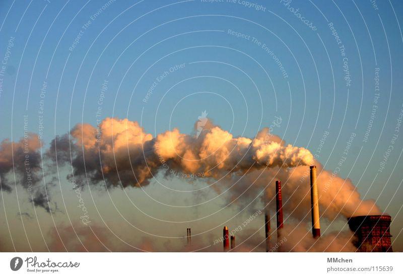 Wolkenmaschine Himmel weiß blau Wolken Industrie Rauch Köln Schornstein Wasserdampf Klimawandel Verdunstung