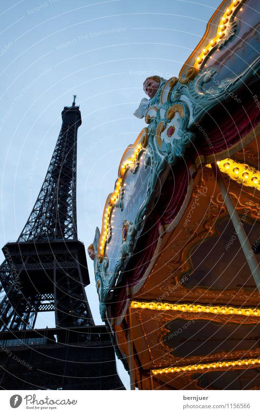 Roundandroundandround Spielen Ferien & Urlaub & Reisen Tourismus Sightseeing Städtereise Tour d'Eiffel Bekanntheit blau gelb Karussell Paris Frankreich Sommer