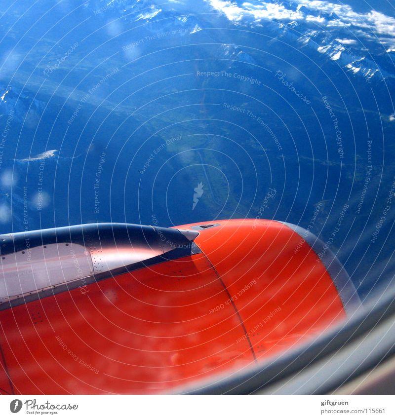 fasten seatbelts, please Ferien & Urlaub & Reisen Ferne Fenster Berge u. Gebirge Freiheit Landschaft Luft orange Flugzeug frei hoch Industrie Luftverkehr Niveau Aussicht Unendlichkeit