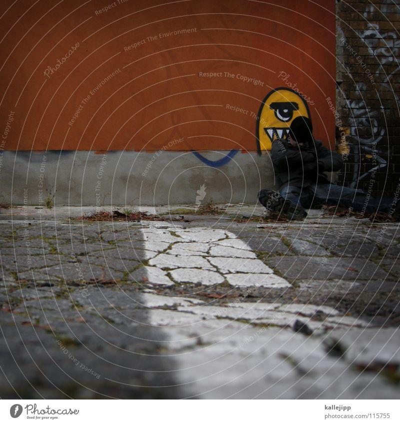innerer schweinehund Mann Gesicht Wand Graffiti Mauer Beine Fuß Kunst liegen Zähne Jeanshose Fressen Parkplatz Maul Monster Alexanderplatz
