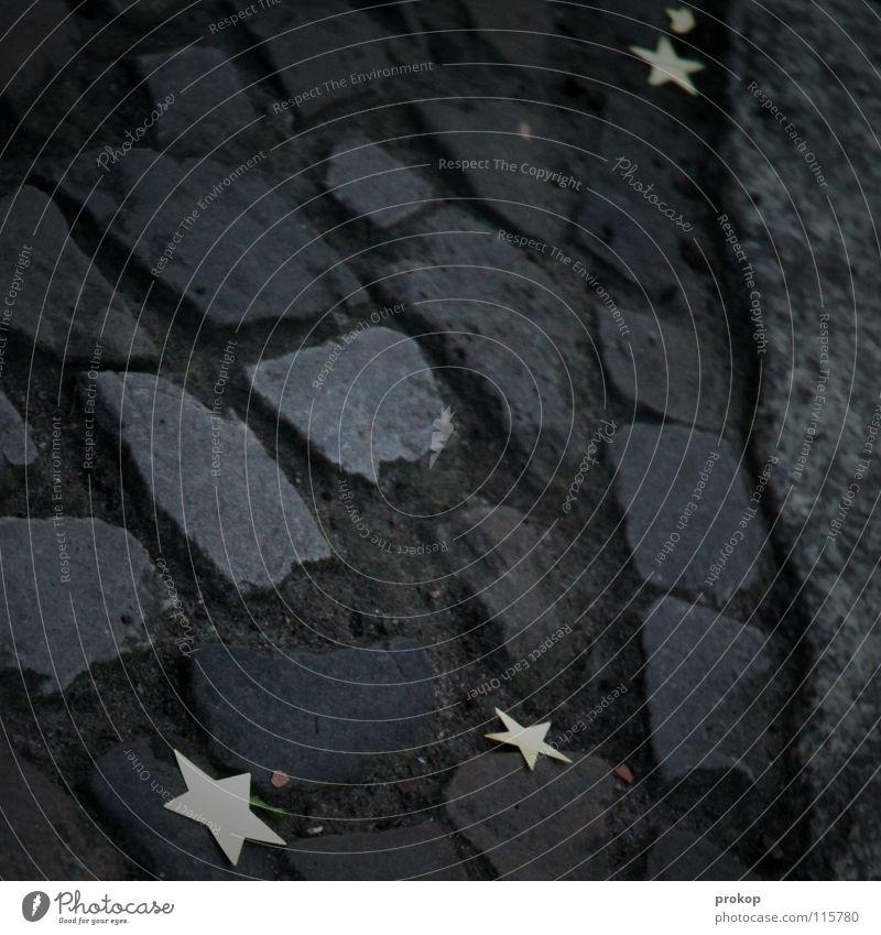 Kometenknete alt Weihnachten & Advent schön Freude dunkel Wege & Pfade glänzend gold Stern (Symbol) Dekoration & Verzierung Spuren Kopfsteinpflaster silber
