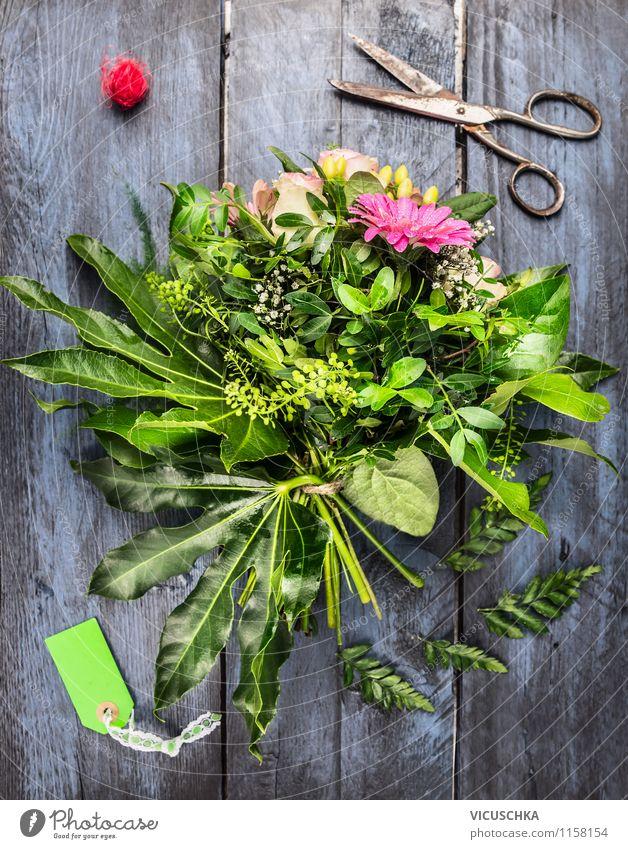 Blumenstrauß basteln Natur alt Pflanze Sommer Blatt Liebe Blüte Stil Feste & Feiern Garten Freizeit & Hobby Design Dekoration & Verzierung Geburtstag Tisch
