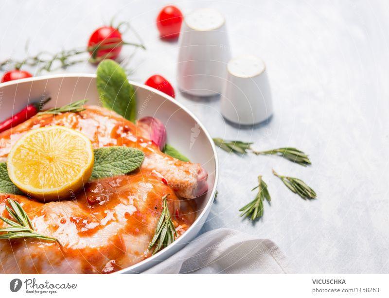 Hähnchenkeulen für Backofen zubereiten Lebensmittel Fleisch Gemüse Kräuter & Gewürze Öl Ernährung Mittagessen Abendessen Bioprodukte Diät Geschirr Pfanne Stil