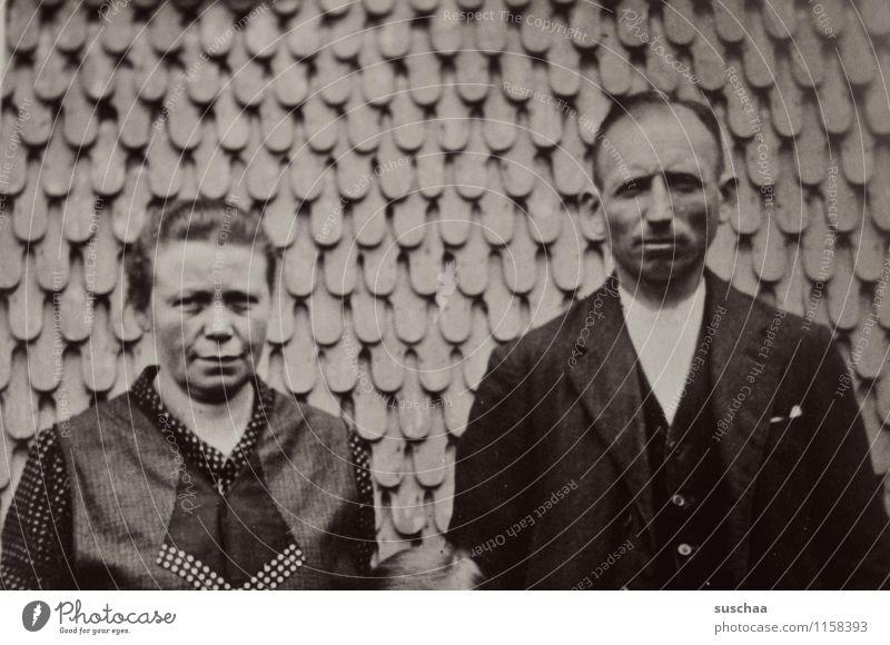 oma bertha und opa gustaf Frau Mann alt Fotografie analog Wand Erinnerung Familienalbum