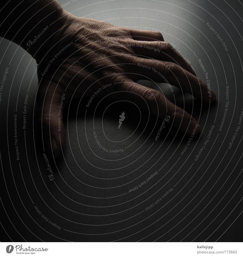 lefthandside Hand Finger Tisch abstützen kleben Daumen Zeigefinger Mittelfinger Ringfinger Gelenk Gefäße Fingernagel Affen Tischplatte linkshändig Mann Mensch