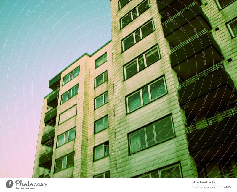 Plattenbau 2 Wohnhochhaus Block Sozialgesetz Wohnung Lebensraum Etage weiß zyan Balkon Fenster Cross Processing Architektur Häusliches Leben Armut Himmel