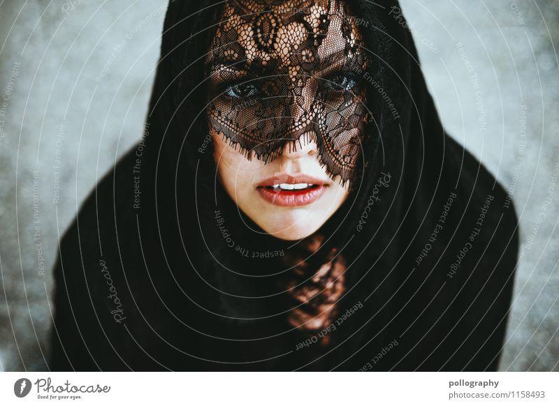 please Lifestyle Mensch feminin Junge Frau Jugendliche Erwachsene Leben Körper Kopf Gesicht Auge Mund 1 18-30 Jahre Schal Kopftuch Gefühle Stimmung Mitgefühl