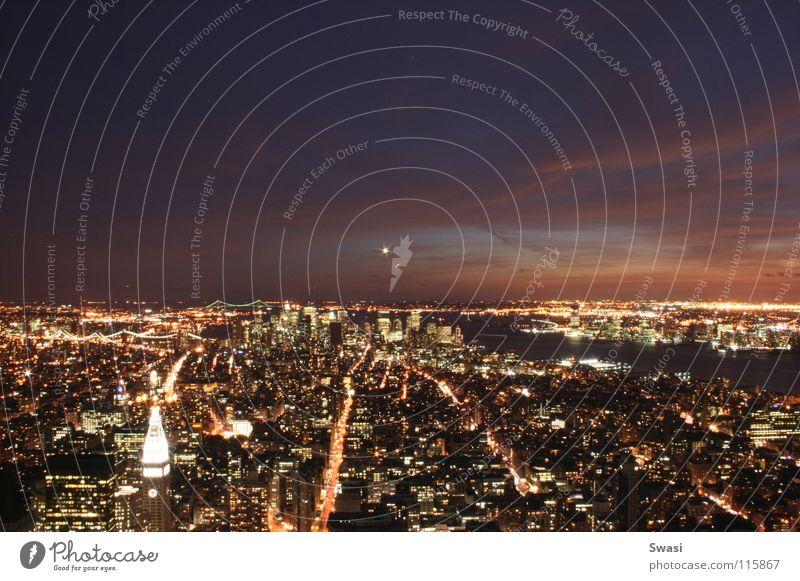 New York bei Nacht New York City Empire State Building Licht Hochhaus Skylin Stadt