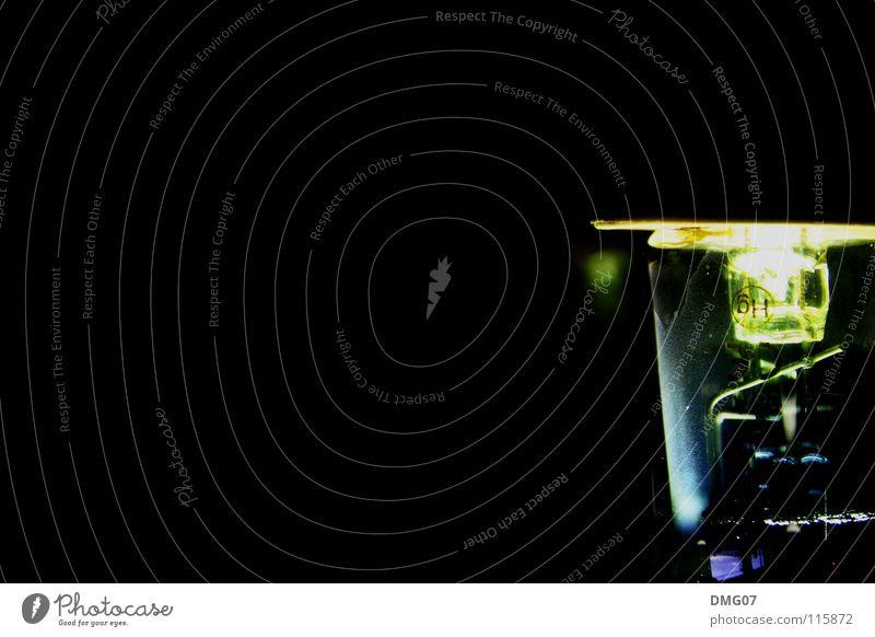 Glühbirne ruhig Einsamkeit schwarz dunkel Tod Gefühle Stil Traurigkeit hell Design Energie Beginn Coolness Trauer Kreativität Müdigkeit