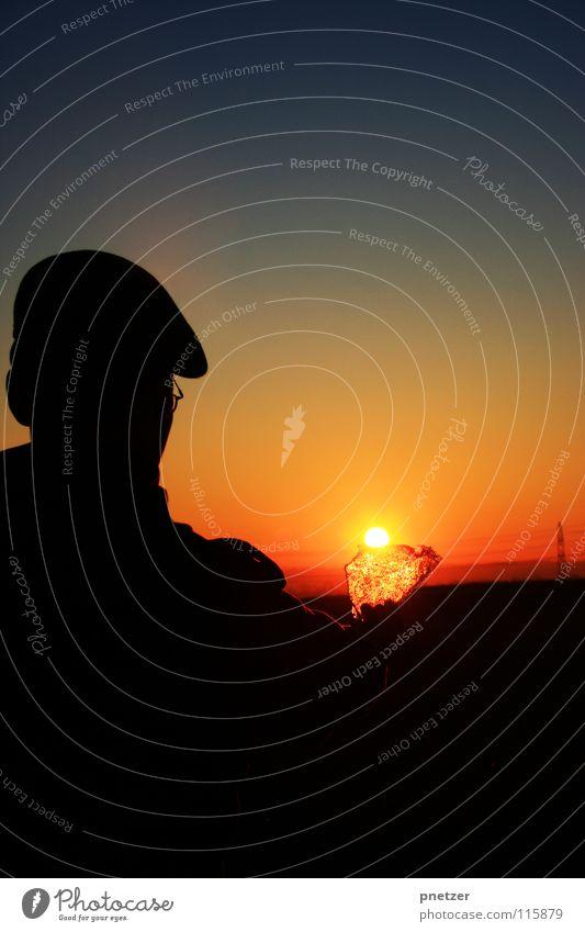 Das erste Eis Sonnenuntergang schwarz Himmel Mann Freude Silhouette sun Freiheit freedom sky