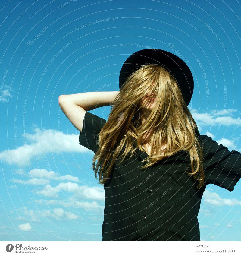 friendly smile Mensch Mann Jugendliche blau Wolken schwarz blond Arme fantastisch Hemd Hut drehen verstecken obskur mystisch Ente