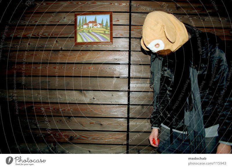 NEMAND MAG MEINEN AFFEN Mensch Frau Hand Freude Tier Einsamkeit Haus Ferne kalt Wand Spielen Holz Bewegung Traurigkeit Gebäude Kunst