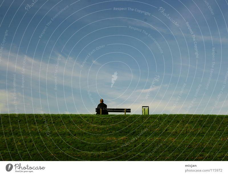 CO² Wiese Deich Sitzgelegenheit Pause Mann Frau Müllbehälter schön harmonisch Wolken träumen Erholung Horizont vertraut verheiratet ruhig klein groß Platz atmen