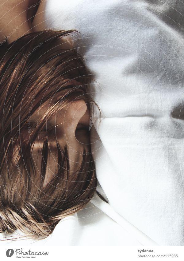 Goodnite I Frau Mensch Natur schön schwarz ruhig feminin Leben Gefühle Kopf Haare & Frisuren Stil Traurigkeit träumen Kunst Mund