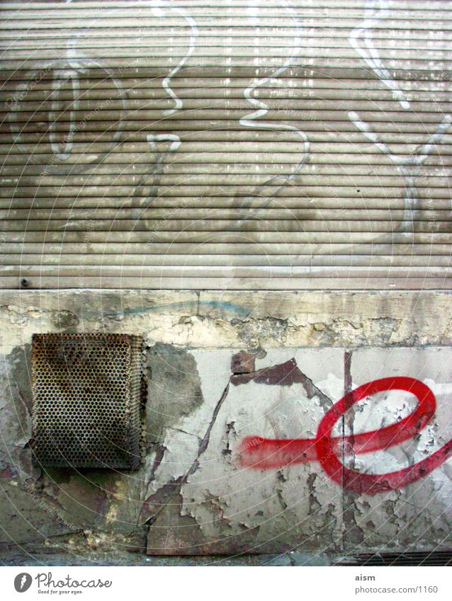 e Straße Wand Mauer Graffiti Dinge Verfall Kunst